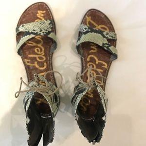 199dc00800b13 Sam Edelman sandals!